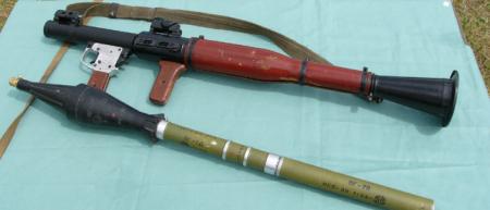 Суровые школы Донбасса: у учителей изъяли 2.5 тысячи единиц оружия и боеприпасов