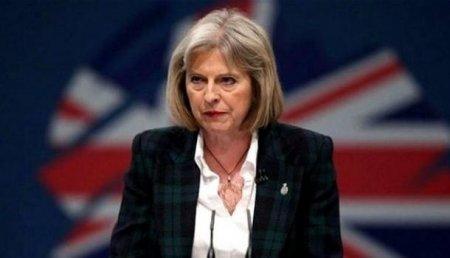 Daily Mail: ВСирии Мэй проиграла войну засердца англичан