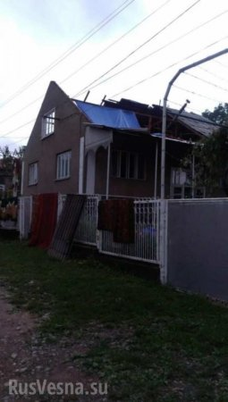 На Украине ураган оставил без крыш десятки домов (ФОТО)