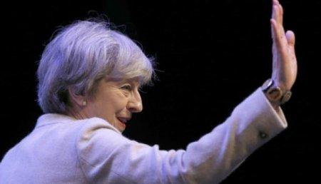 Мэй рассказала, как Британия победит Россию ввоздушной войне