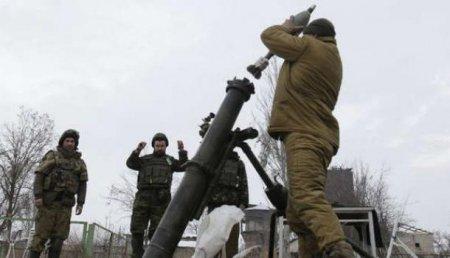 В ЛНР ВСУ обстреляли маршрутку, есть раненые (ВИДЕО)