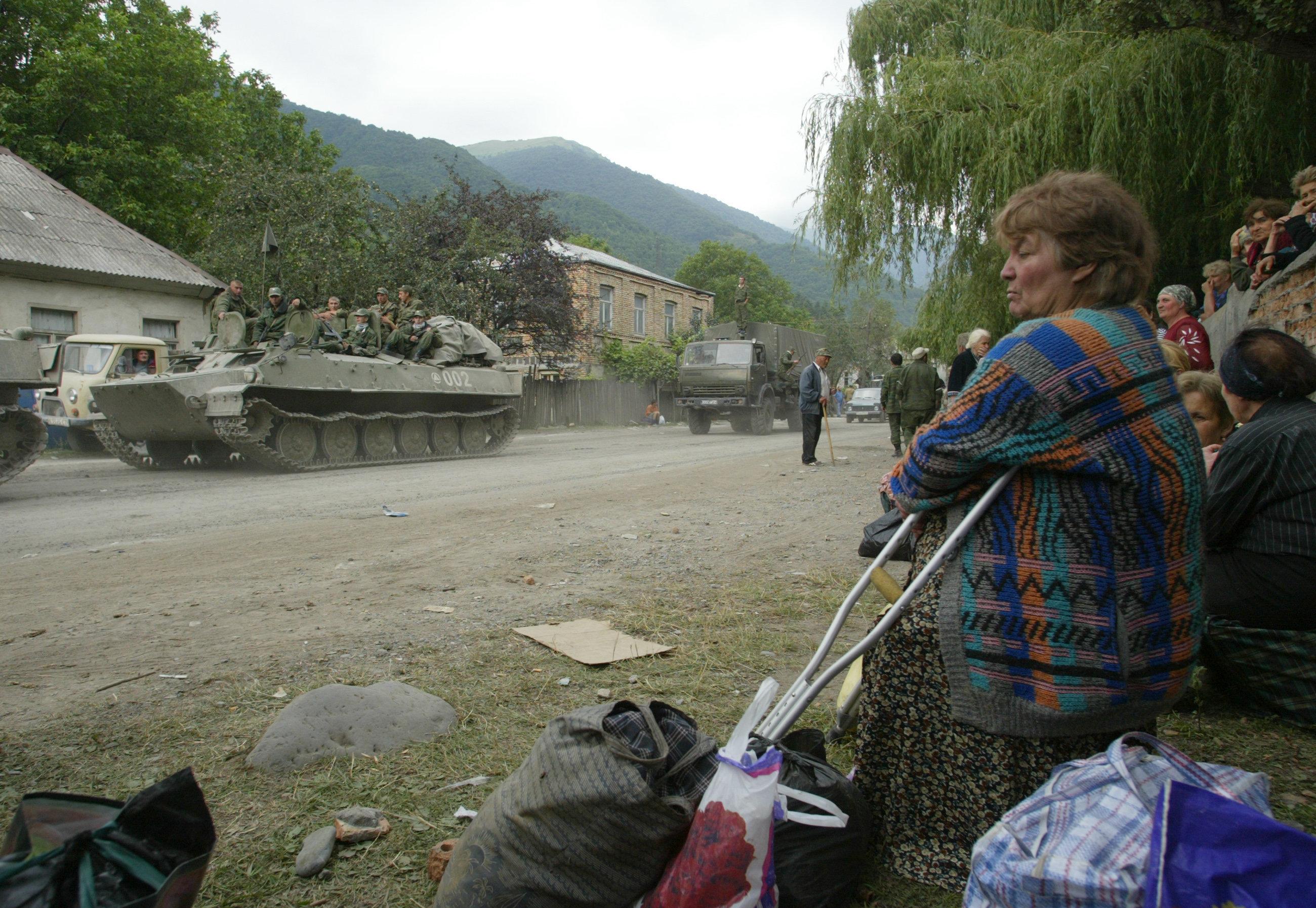 рыхлой фото воин на дороге в южной осетии мамы