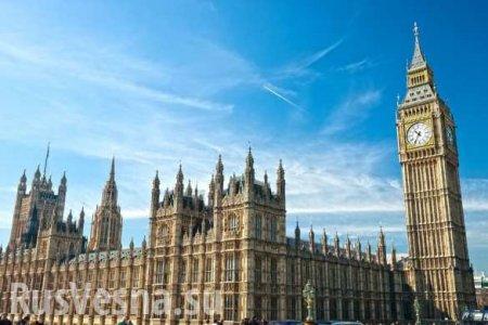 Парламент Британии прервал заседание из-за протекшей крыши (ВИДЕО)