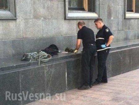 Возле здания Верховной Рады задержан дезертир с гранатой