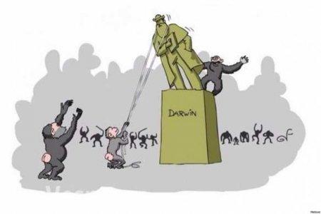 «Враг»: неонацисты напали на памятник в Полтаве (ФОТО)