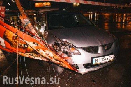 «Приключения» пьяного нацгвардейца по-киевски: амфетамин, погоня полиции, разбитые такси икиоск (ФОТО, ВИДЕО)