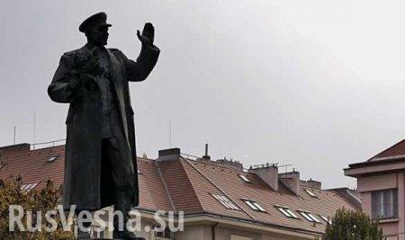 В Праге осквернили памятник советскому маршалу (ФОТО)