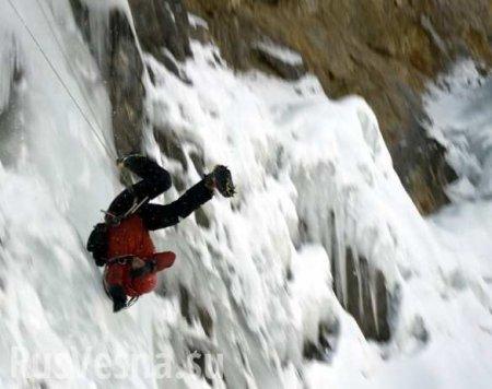 Макрона просят защитить Монблан от«безумных» альпинистов
