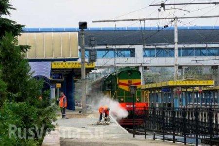 С материка в четыре пункта назначения: опубликовано расписание поездов через Крымский мост (ФОТО)