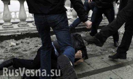 Нардепа «Слуги народа» избили молодчики вбалаклавах (ФОТО)