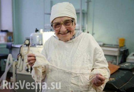 ОБоге, Сталине илюбви кделу: памяти старейшего практиковавшего хирурга России (ФОТО)