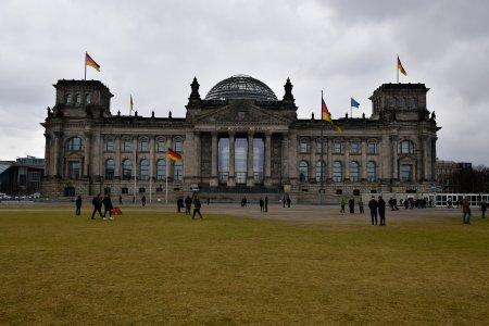 В бундестаге предостерегли Германию от оскорбления россиян (ФОТО)