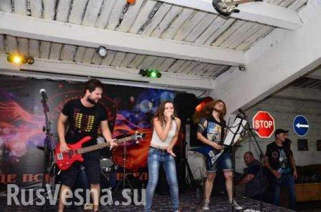 «Война повлияла накаждого, ктоживет вДонбассе», — рок-певица изДонецка  ...