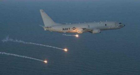 «Опасно!» — Су-35пролетел внескольких метрах отвоенного самолёта США(ВИДЕО)