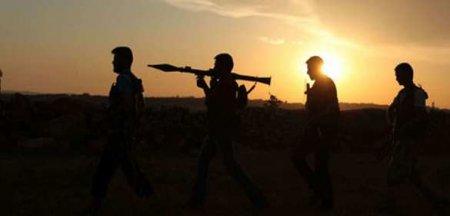 Позорный удар в спину ЦРУ: отряд боевиков США сбежал от американцев к сирий ...