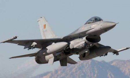 Су-27 «перехватили» истребитель НАТО в небе над Балтикой