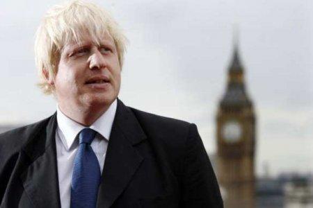 Джонсон объявил, что Британия прошла пик коронавирусной инфекции