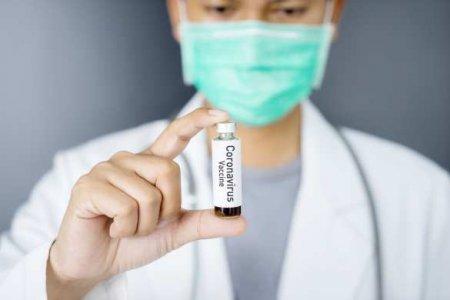 В США рассчитывают создать вакцину от COVID-19 до конца года