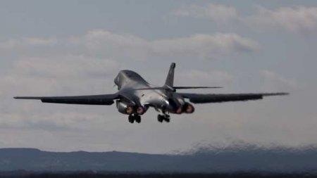 СРОЧНО: истребители отогнали бомбардировщики СШАотграниц России (+ВИДЕО)
