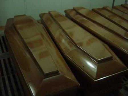 Похоронные бюро Швейцарии завалены ненужными гробами