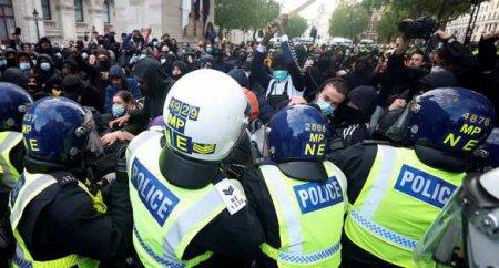 Грандиозное побоище в Лондоне: «Чёрный майдан» против футбольных фанатов (Ф ...