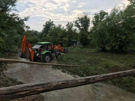 «Бандеровскую часть» Украины залило, идёт эвакуация, пик впереди (ФОТО, ВИДЕО)
