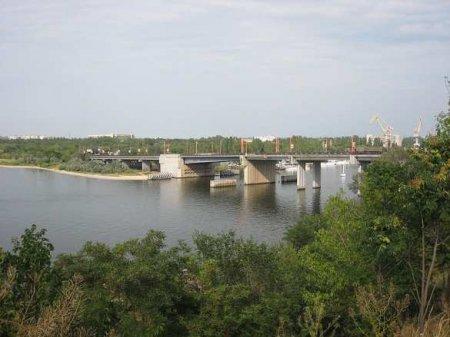 В Николаеве поднялся мост: движение через реку заблокировано (ФОТО, ВИДЕО)