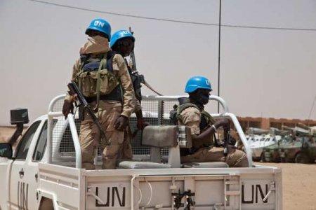 Скандал: сотрудников ООН отстранили от работы после секса в служебном авто