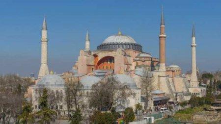 Турки непосмеют превратить Святую Софию вмечеть, — предстоятель Элладской церкви