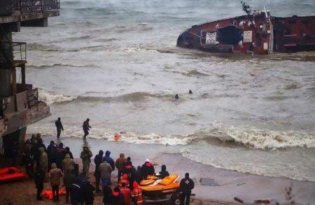 Затонувший под Одессой танкер нельзя разрезать, ущерб будет колоссальным, — ...