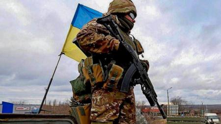 Главарь батальона «Донбасс» придумал, как заставить Зеленского нарушить пер ...