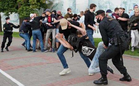 Нельзя допустить костра вцентре Минска: Лукашенко предвкушает начало майдана вдень выборов (ВИДЕО)