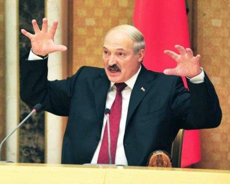 «Мыдолжны ждать пакостей слюбой стороны»,— Лукашенко заявил огибридной войне против Белоруссии (ВИДЕО)