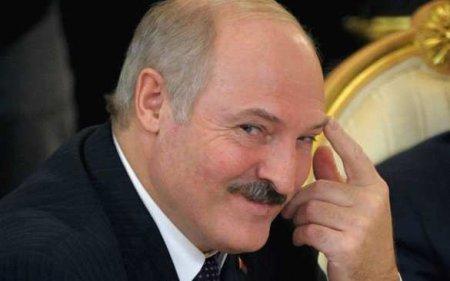 Лукашенко предложилстать посредником между «Жёлтыми жилетами» иМакроном ( ...