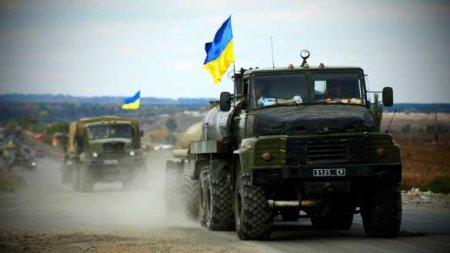На оккупированной Луганщине разъярённые мирные жители заблокировали военную колонну