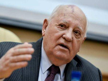 Горбачев похвалил белорусских протестующих