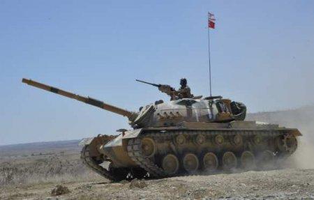Анкара готова помогать Баку «до последнего», — министр обороны Турции