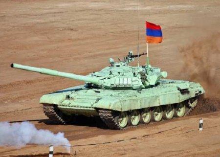 Промах в бою: ударный беспилотник не смог поразить танк армии Армении (ВИДЕО)