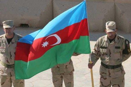 МОЛНИЯ: Вооружённые силы Азербайджана массово отступают (ВИДЕО)