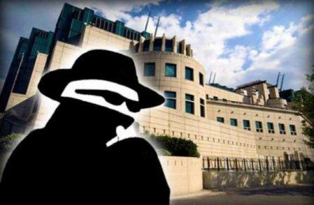 Секретная встреча: Зеленский обсудил Донбасс сглавой британской МИ-6