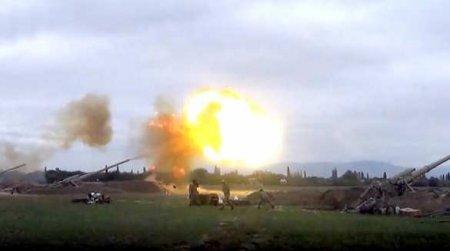 Жестокие кадры: массовое уничтожение солдат и военной техники в Карабахе (В ...