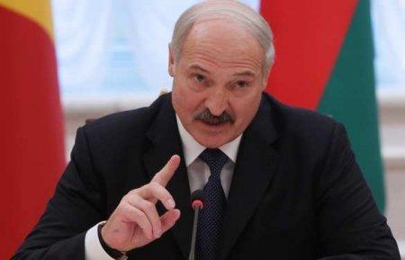 «Всё, намотступать некуда, уйдут без рук», — Лукашенко пригрозил участника ...