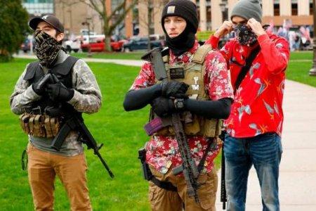 США в ожидании бойни: Америка закрывается и ощетинивается оружием (ФОТО, ВИДЕО)