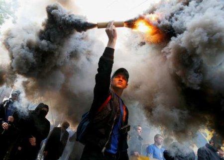 «Земля должна гореть подногами»: Нацисты готовят майдан против Зеленского