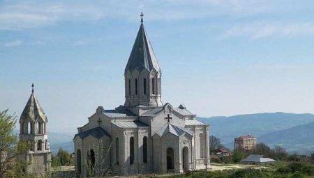 «Варварство»: МИД Армении отреагировал на осквернение храма в Шуши (+ФОТО)
