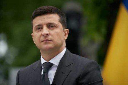 «Продолжим нелёгкое строительство свободной Украины»: что обещает Зеленский в «день достоинства» (ВИДЕО)