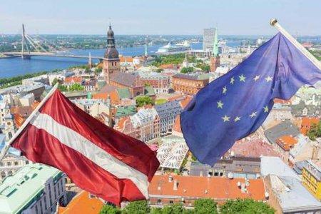 Россия ставит на колени прибалтийских русофобов