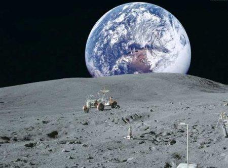 Китайский космический аппарат готовится сесть на Луне