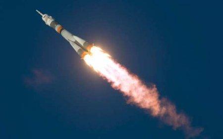 «Союз-2.1б» вывел наорбиту аппарат Минобороны России испутники связи «Гон ...