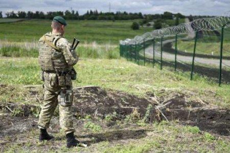 Покупать дорого: Украинские пограничники будут сами делать колючую проволоку для«стены Яценюка»